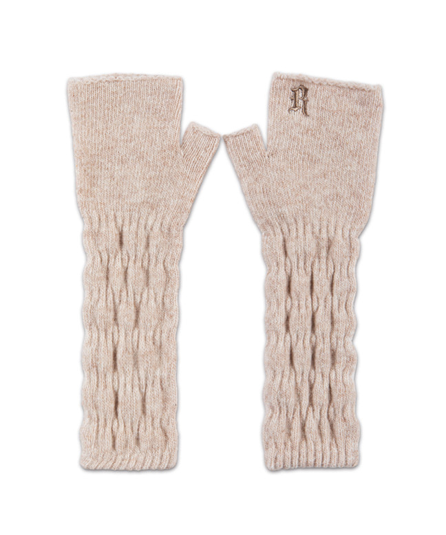 CABLE KNITTED HAND WARMER [IVORY]