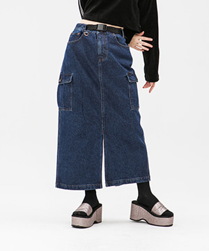 CARGO POCKET DENIM LONG SKIRT [DARK BLUE]