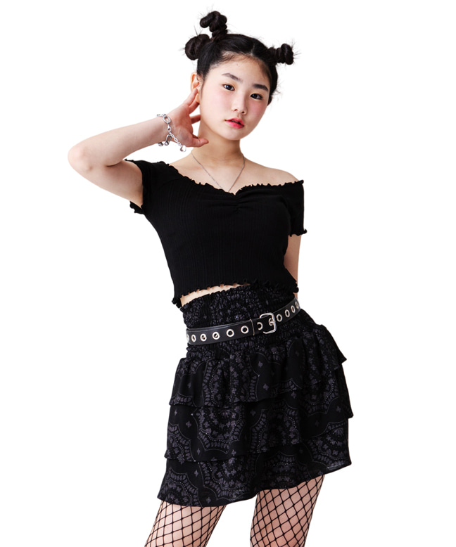 SMOCKED PAISLEY MINI SKIRT [BLACK]