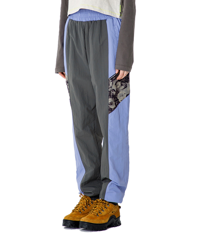 FLOWER POINT RETRO TRACK PANTS [LIGHT PURPLE]