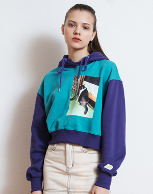 LONELY CAT PICTURE PRINTING CROP HOODIE [PURPLE]