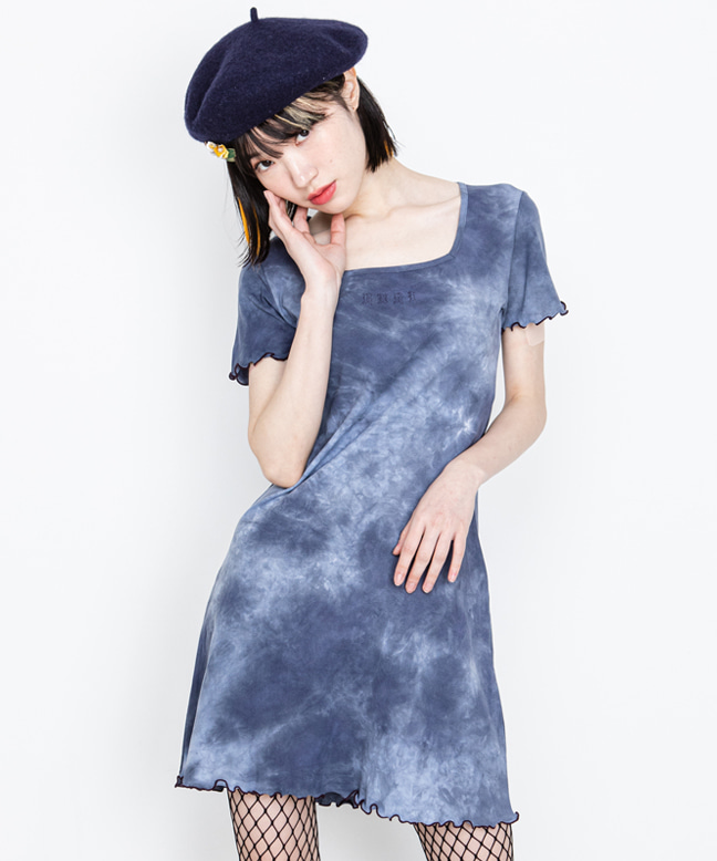 SQUARE NECK TIE-DYE SLIM DRESS [DARK BLUE]