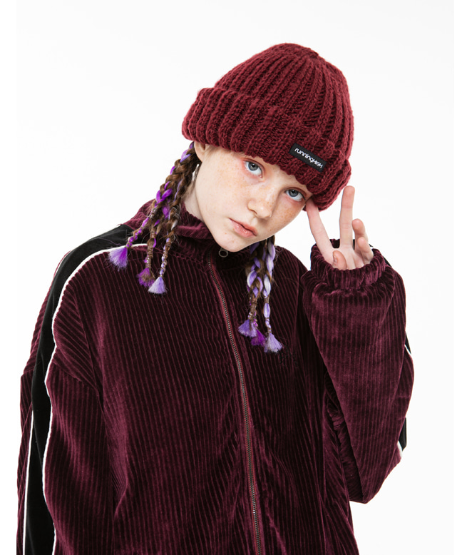 [11/6 예약배송] BOX LOGO BIG CABLE BEANIE [WINE]